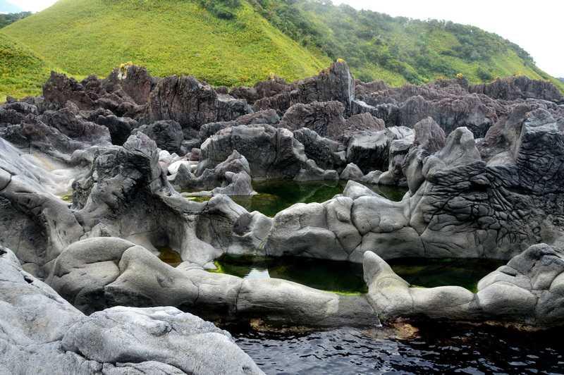 Лавовые поля с озёрами